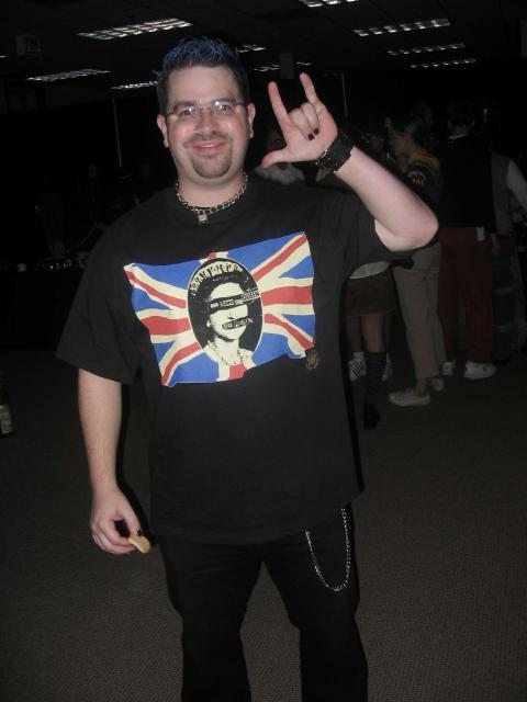 Matt Cutts as a Halloween punk rocker