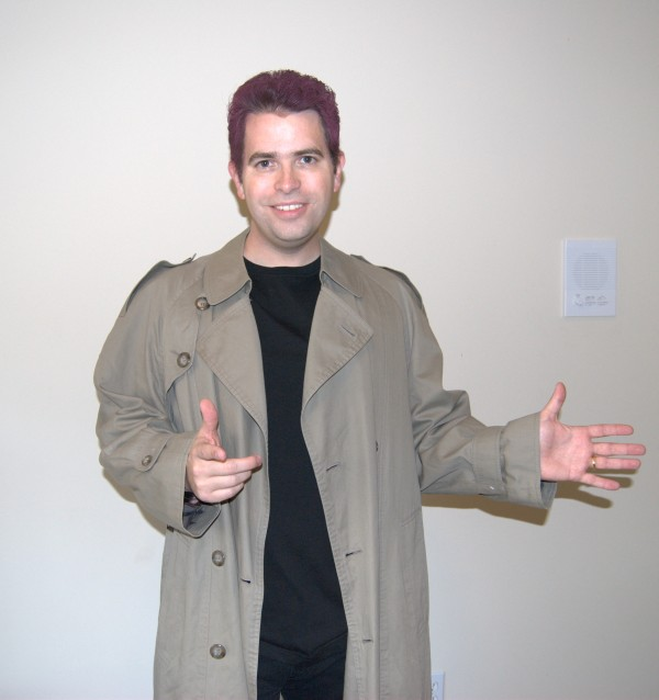 Matt Cutts as Rick Astley in trenchcoat
